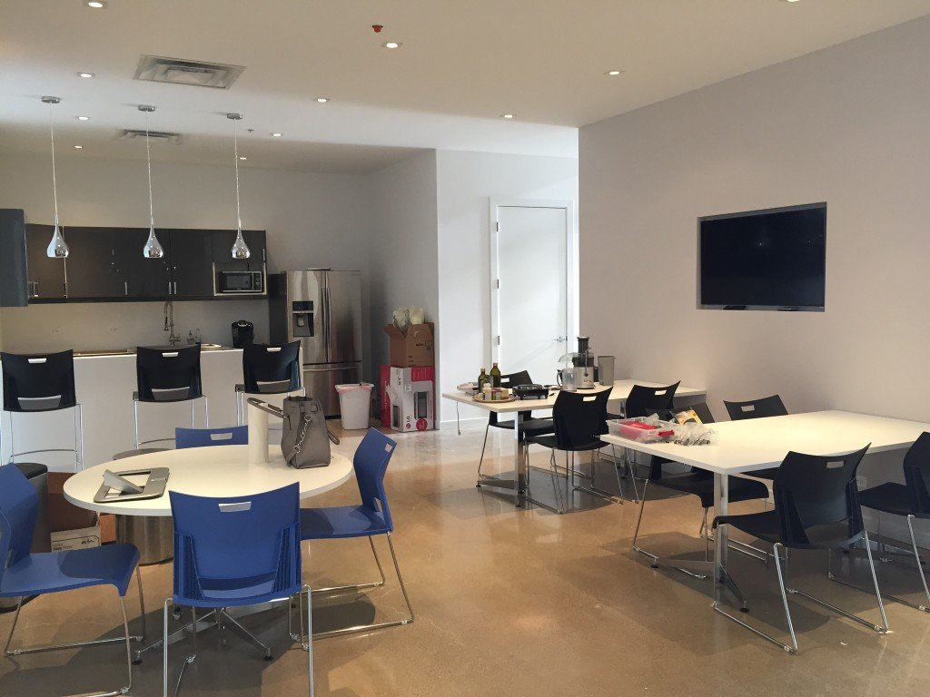 Chicago incubator startup consulting firm rightsize for Interior design consultant chicago